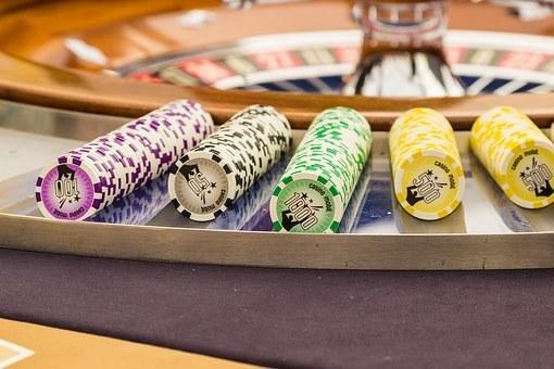 roulette-1253626__340.jpg
